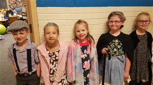 Mrs. Grose's class 100th day of school