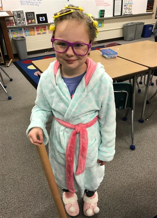 GFES Celebrates the 100th day of school!